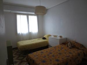 Un recurso residencial que ofrece un alojamiento adecuado para mujeres con hijos o hijas a su cargo.